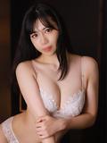鈴木まこ【清楚系現役女子大生】